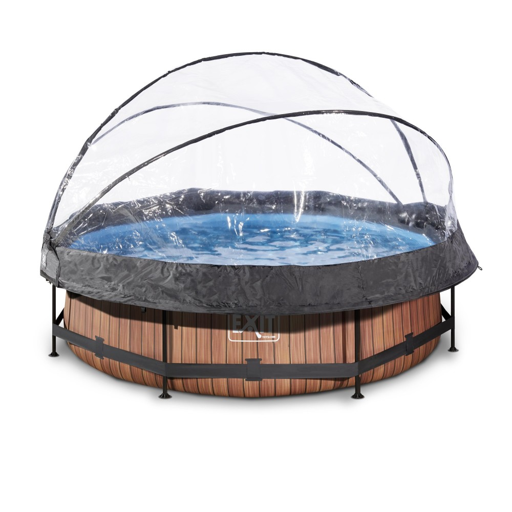 Pool with closed dome